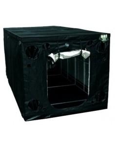 Black Box (600 x 300 x 220 cm)