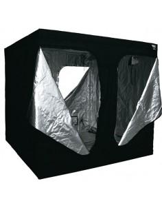 Black Box (200 x 200 x 200 cm)